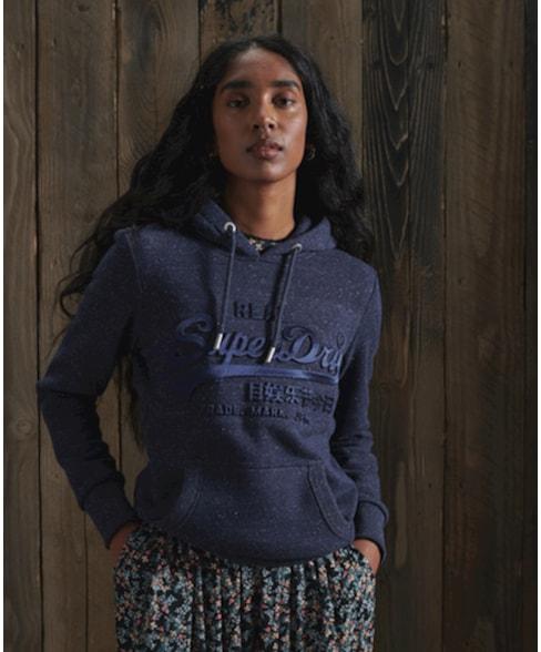 W2010393A | Vintage Logo Tonal-hoodie met reliëflogo en satijnen details